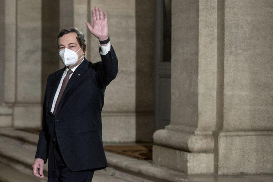 BILO JE NAPETO! Nakon prekida sednice, polemika i veta Italija kompletirala vladu