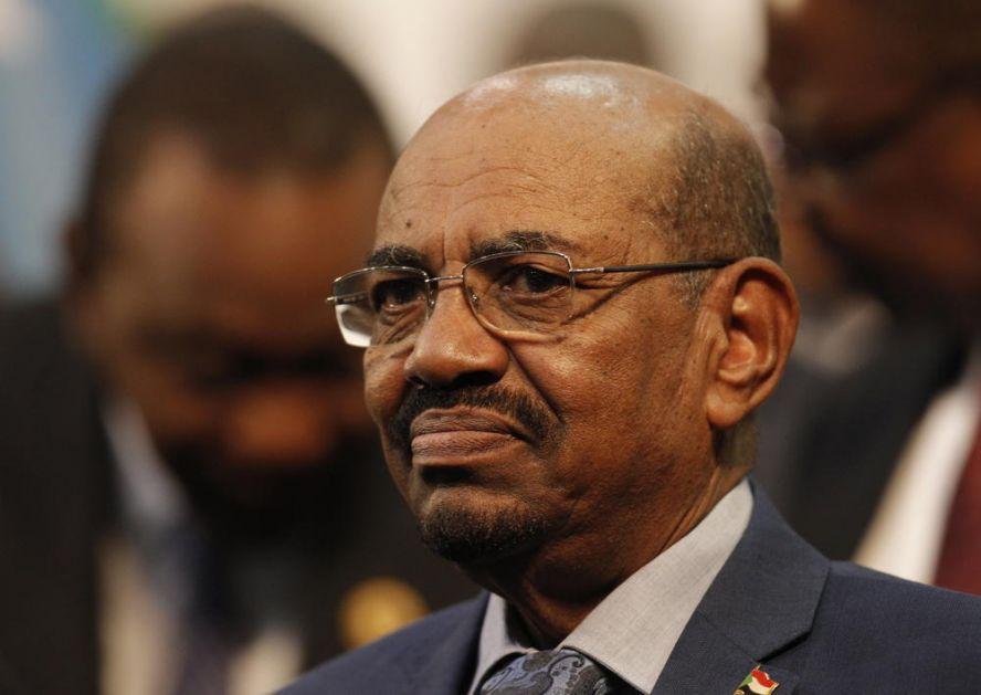 BIVŠI PREDSEDNIK U POPRAVNOM DOMU: Sud u Sudanu nemilosrdan prema Omaru al-Baširu zbog korupcije