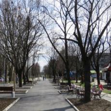 BLOK 44 DOBIJA NOVO RUHO: Od Nehruove do Gandijeve ulice niče obnovljeno šetalište