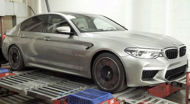 BMW M5 snažniji nego što to pokazuju fabričke specifikacije
