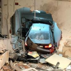 BMW SE U VELIKOJ BRZINI ZABIO U NAPLATNU KUĆICU: Od siline jezivog udarca poginuo radnik (FOTO)
