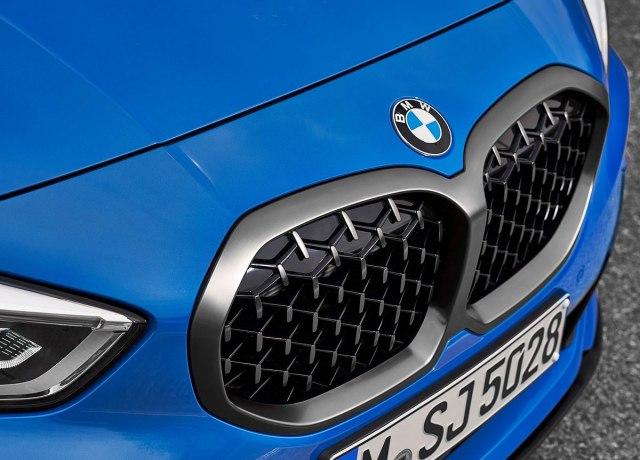 BMW napada Mercedes CLA novim modelom koji debituje 24. jula