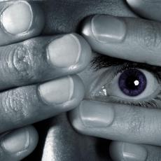 BOLEST OD KOJE PATI SVE VIŠE LJUDI: Depresija TREBA da se leči - U ovih 5 MITOVA ne smete verovati!