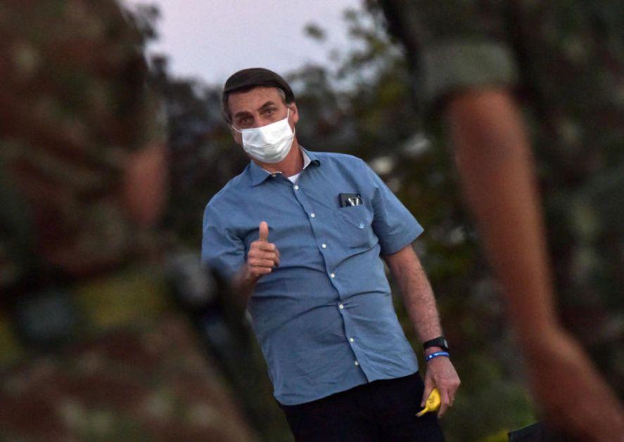 BOLSONARO UVEREN: Korona je možda biološko oružje, zaključavanje država je LUDO