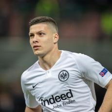 BOMBA NAD BOMBAMA! Luka Jović je ZAVRŠIO transfer! Ovo je NJEGOV novi klub!