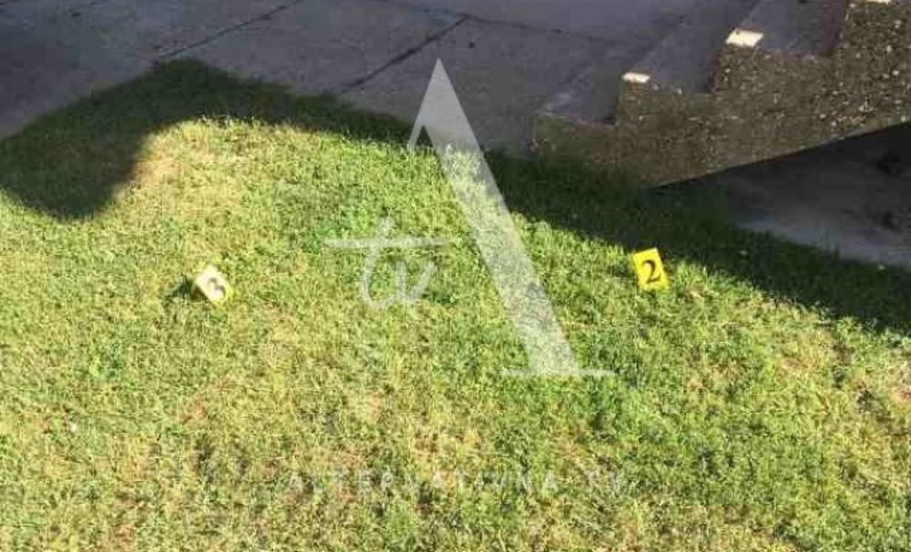 BOMBAŠKI NAPAD U BIJELJINI: Na porodičnu kuću bačene dve bombe, jedna se aktivirala