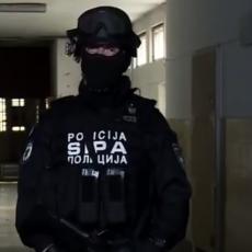 BOSANKA FINANSIRALA I ORGANIZOVALA TERORISTIČKE GRUPE: Uhapšena na aerodromu u Tuzli, suprug na ratištu u Siriji!