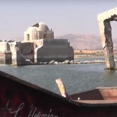 BOŽJE ČUDO NA DELU: Crkva iz 19. veka izronila na površinu nakon što je decenijama bila pod vodom (FOTO/VIDEO)