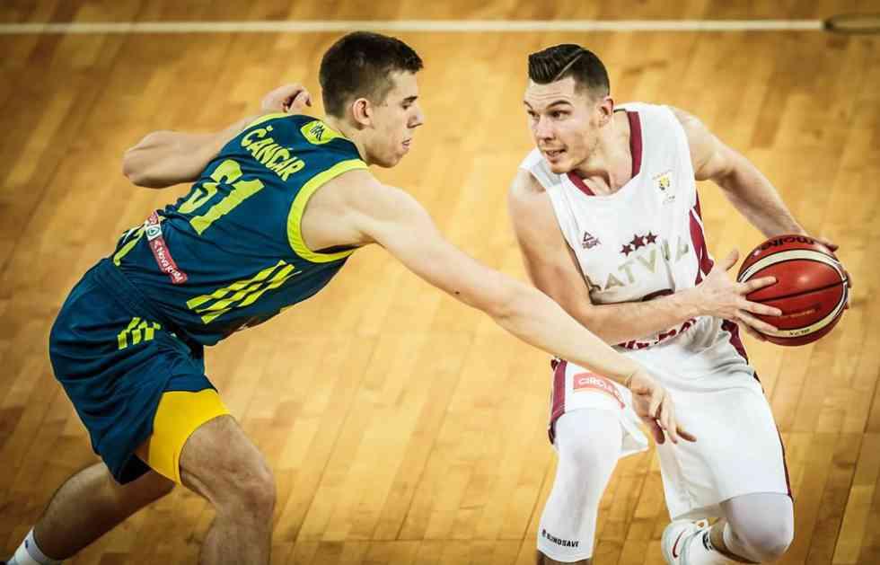 BRAT LJUBIMCA GROBARA U NBA LIGI: Dairis Bertans novi košarkaš Nju Orleansa