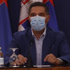 BRINE ME ŠTO ĆE 500 LJUDI ZARAZITI JOŠ NJIH 500... Stručnjaci o mogućoj virusnoj apokalipsi u Srbiji