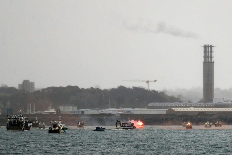 BRITANIJA I FRANCUSKA U KLINČU OKO RIBOLOVA: Bregzit, ostrvo Džersi i pomorski sukob Londona i Pariza