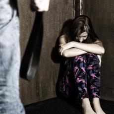 BRUTALNO NASILJE: Devojčicu porodica prebila nasmrt zbog odeće, a onda je obesili na mostu!