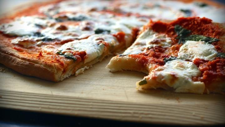 BRZINSKE MINI PICE: Zalogajčići koje ćete jesti u slast!