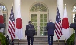 Bajden i Suga potvrdili američko-japansko partnerstvo u odnosu prema Kini (VIDEO)