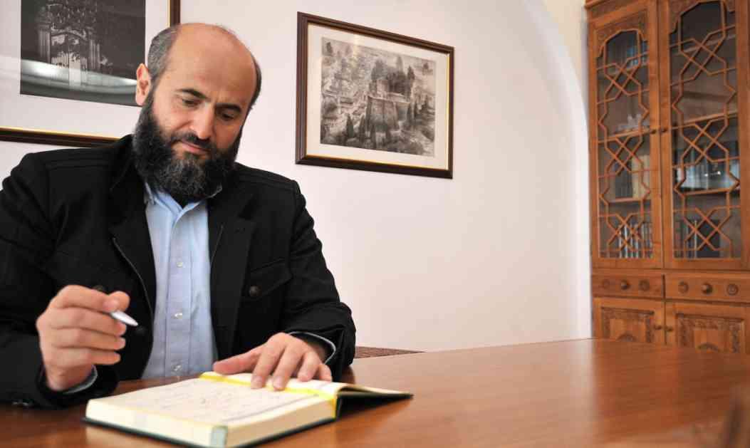 Bajramska čestitka dr. Zukorlića: Predanost Bogu uspravlja dostojanstvo ličnosti