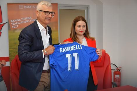 Banca Intesa podržala treći Italijanski fudbalski kamp za decu
