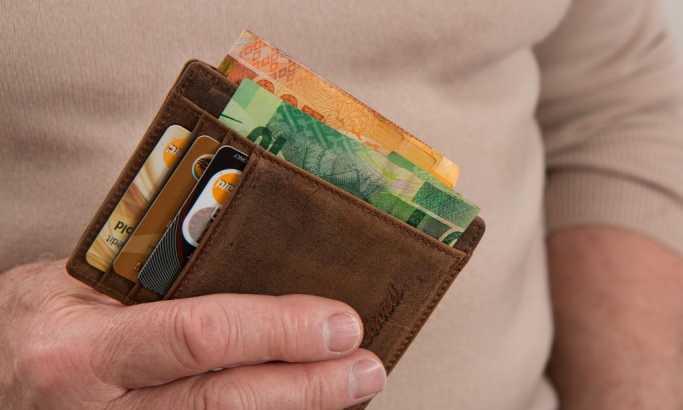 Banke najopasniji zelenaši (4): Provizija ruši poverenje