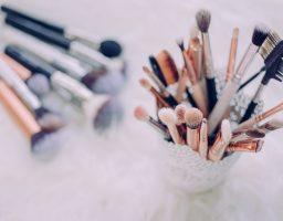Beauty savet: Kako pravilno čistiti četkice i beauty blendere