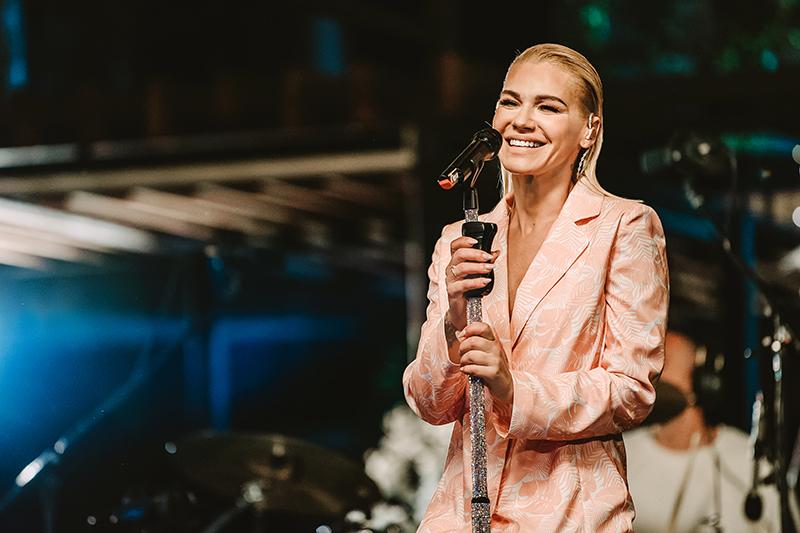 Bebi Dol gost iznenađenja na YouBox koncertu Nataše Bekvalac