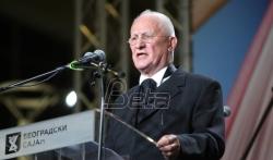 Bećković putem video-linka na proslavi u Budvi