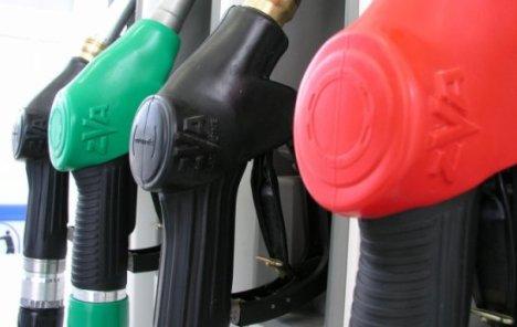 Benzin malo skuplji, dizel jeftiniji