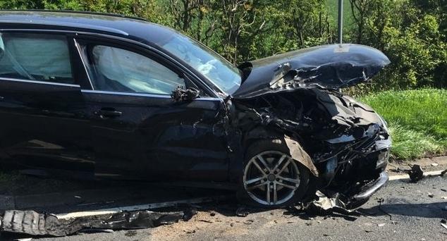 Beograd: Srpkinji iz Kosovske Mitrovice na parkingu namerno oštećen auto, načinjena šteta od 1000 evra (FOTO)