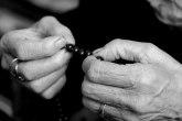 Beograđanka stara 81 godinu pala sa dilerima