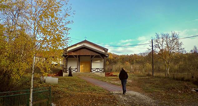 Beseda o. Damjana u manastiru Svetog Save u Žerovnici na KiM (VIDEO)
