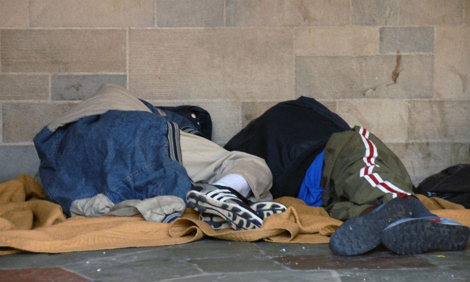 Beskućnicima u Mađarskoj zabranjeno spavanje na javnom mestu