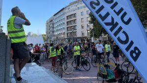 """Biciklisti na 119. """"Kritičnoj masi"""" poručuju: Potrebni su nam bolji uslovi"""