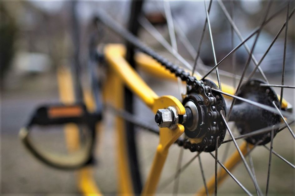 Biciklistu kod Sombora udario kamion, preminuo u bolnici