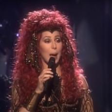 Bila je MEGA POPULARNA, imala MILIONE, a sada je na rubu siromaštva: Surova bolest uništila život pevačice