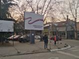 Bilbordi sa porukom Srećan rođendan predsedniče u Nišu i Pirotu