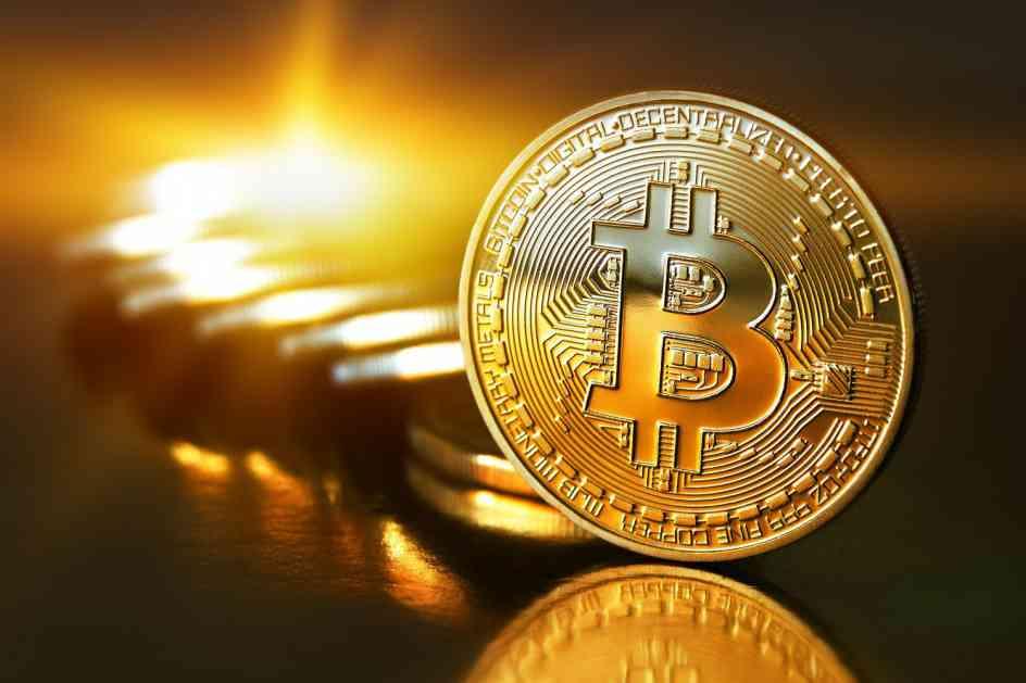 Bitkoin se strmoglavio, ići će i do 3.500 dolara