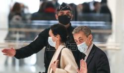Bivši francuski predsednik Nikola Sarkozi čeka presudu u slučaju o korupciji