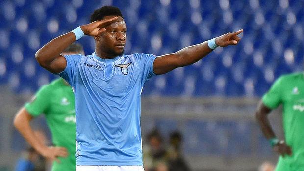 Bivši igrač Lacija i reprezentacije Nigerije na korak od Zvezde
