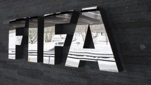 Bivši potpredsednik Fife Huan Anhel Naputo doživotno suspendovan iz fudbala