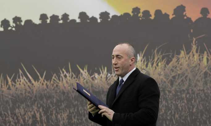 Blic: Haradinaj bi da se bezbolno povinuje Amerikancima