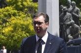 Blic: Vučić posetio porodicu žene stradale na naplatnoj rampi