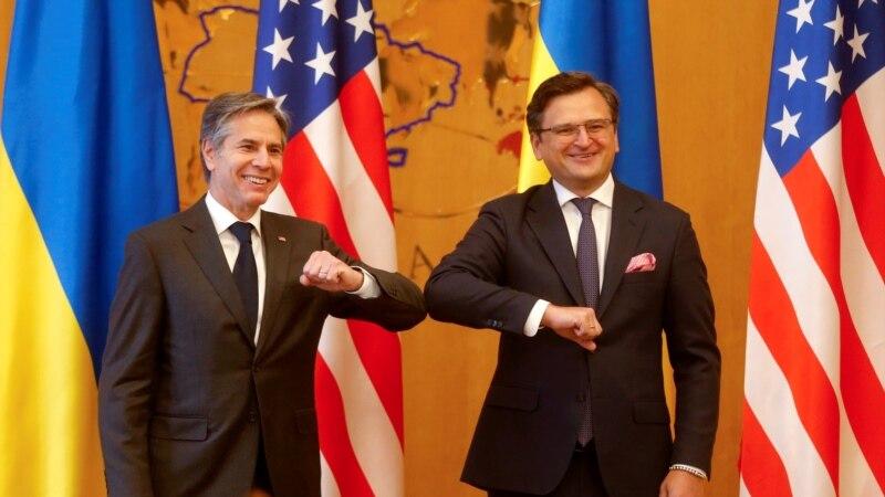 Blinken iz Kijeva pozvao Rusiju da povuče trupe sa granica sa Ukrajinom