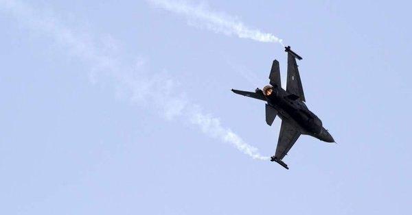 Blizak susret ruskog i američkog borbenog aviona
