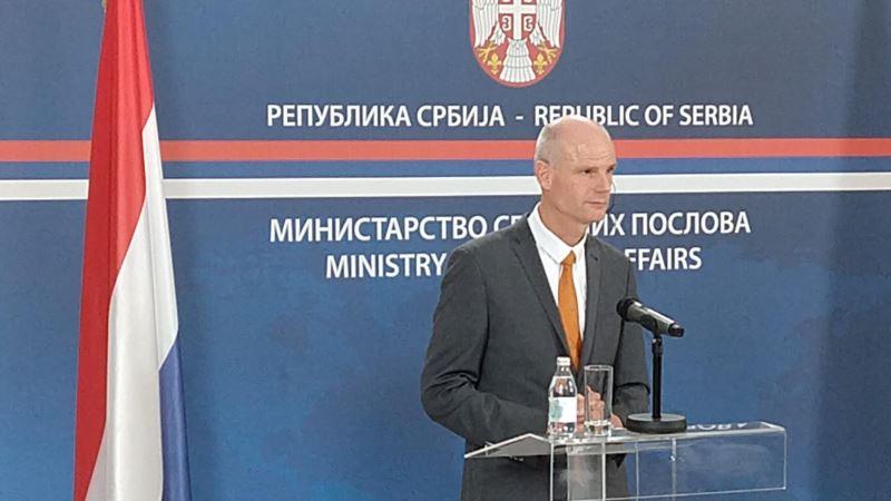 Blok: Sloboda medija preduslov Srbiji za EU