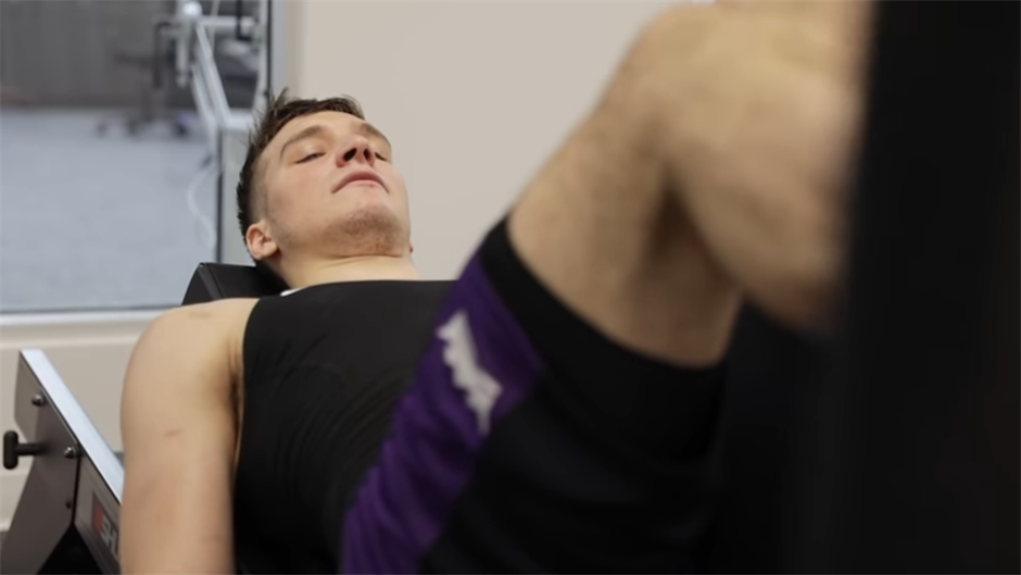 Bogdan opet šutira, prvi put od operacije