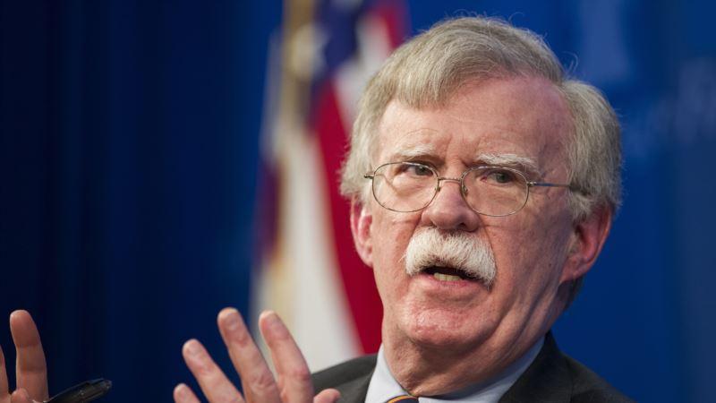 Bolton pozvao Srbiju i Kosovo da što pre postignu dogovor