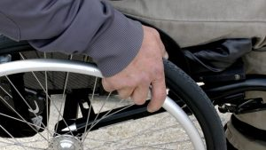 Bor: Građani negativno ocenili pristupačnost infrastrukture osobama sa invaliditetom