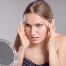 Bore su NORMALNA POJAVA u određenim godinama, ali postoji NAČIN kako da NA VREME reaguješ i SAČUVAŠ kožu!