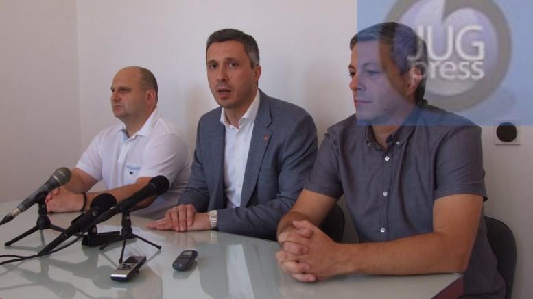 Boško Obradović: Medvedja grca u problemima