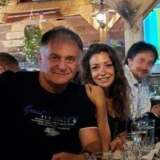 Branislav Lečić SLAVI ODBAČENU OPTUŽNICU ZA SILOVANJE, daleko od Srbije, u društvu devojke! (FOTO)