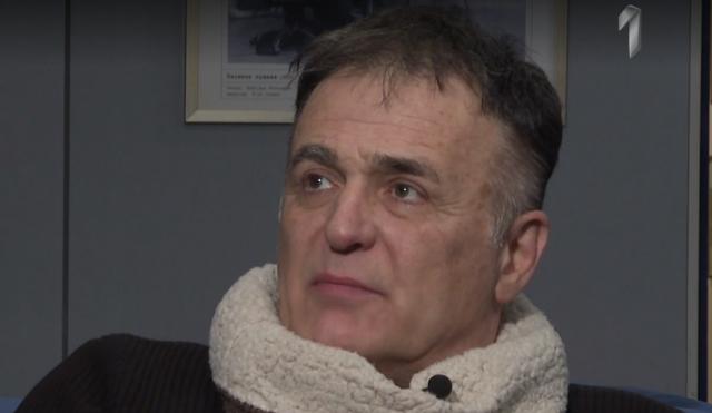 Branislav Lečić posle mesec dana prvi put u javnosti