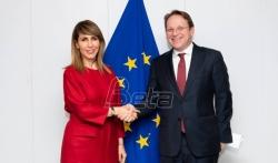 Bregu sa komesarima Varhejijem i Marijom Gabrijel: RCC pouzdan partner EU u regionu